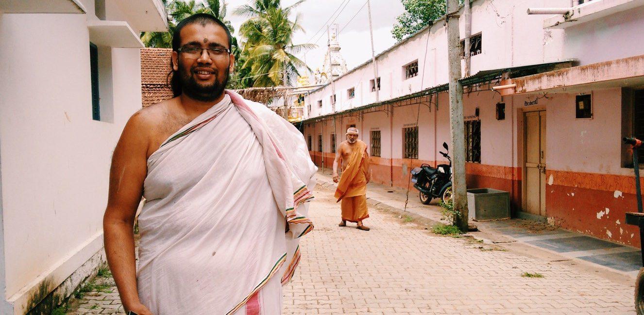 ये है दुनिया का इकलौता गाँव जहाँ आज भी बोली जाती है संस्कृत!